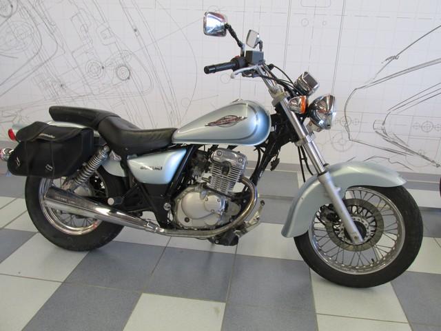 moto occasion SUZUKI VZ MARAUDER 125