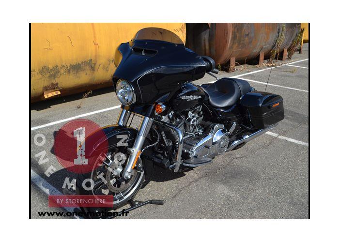 moto  TOURING STREET GLIDE occasion