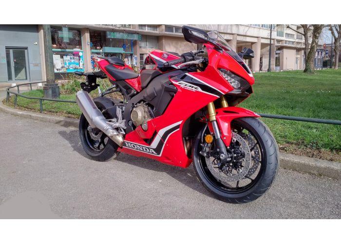 moto  CBR 1000 RR ABS occasion