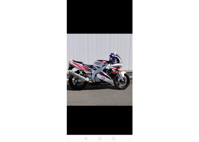 moto  FZR occasion