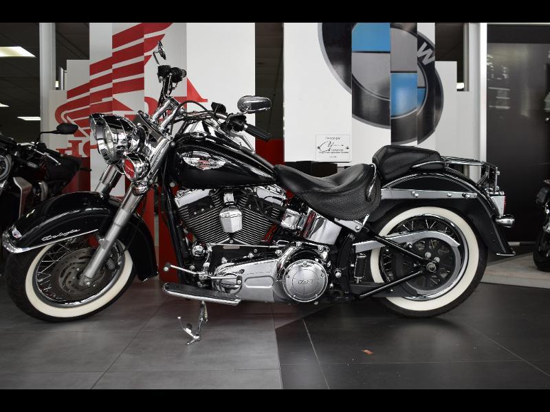 moto Softail Deluxe 1690 Noir ABS 2013