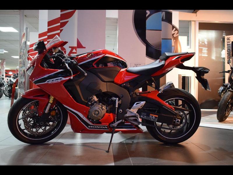 moto CBR 1000 RR Fireblade ABS 2017
