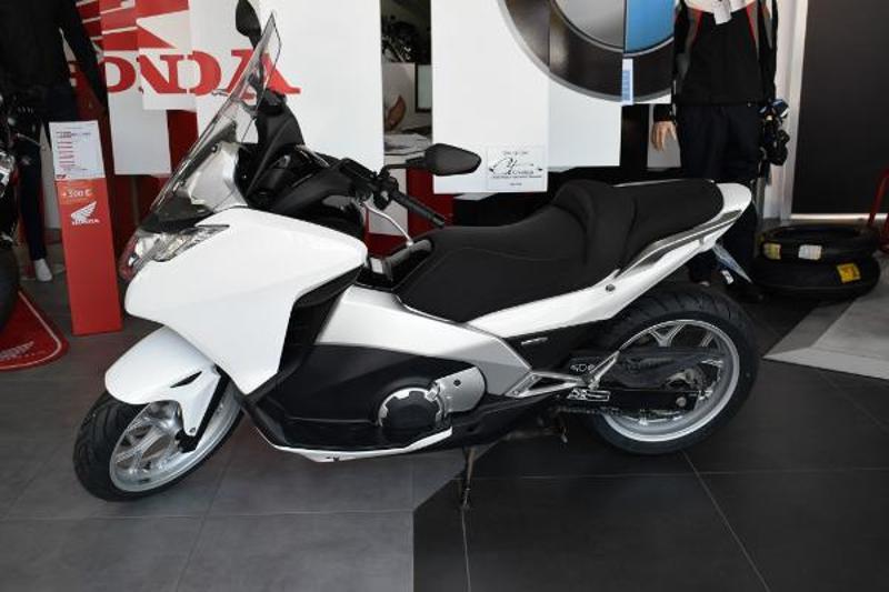 moto NC 700 Integra DCT C-ABS 2012
