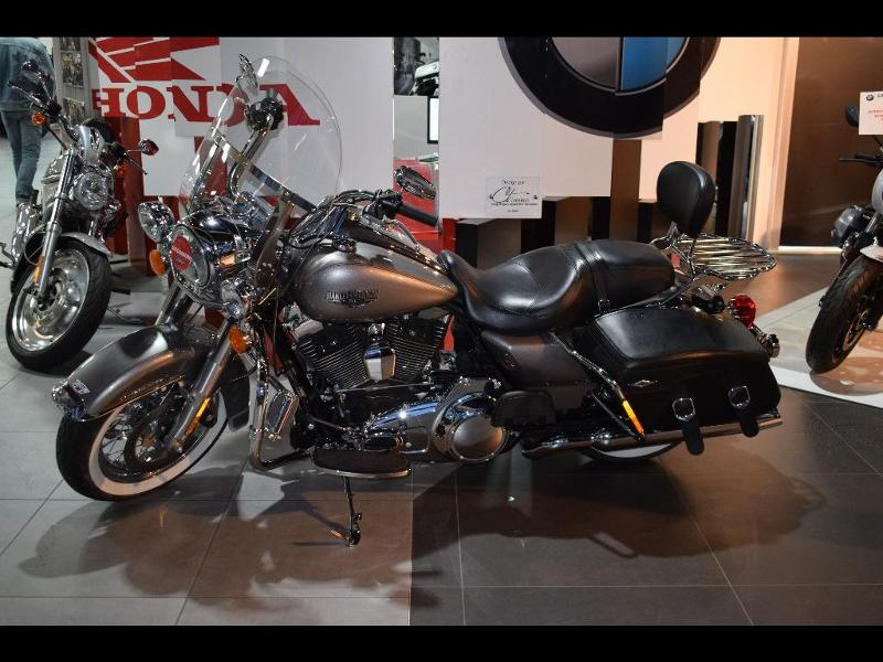 moto Road King Classic 1690 Couleur ABS 2016