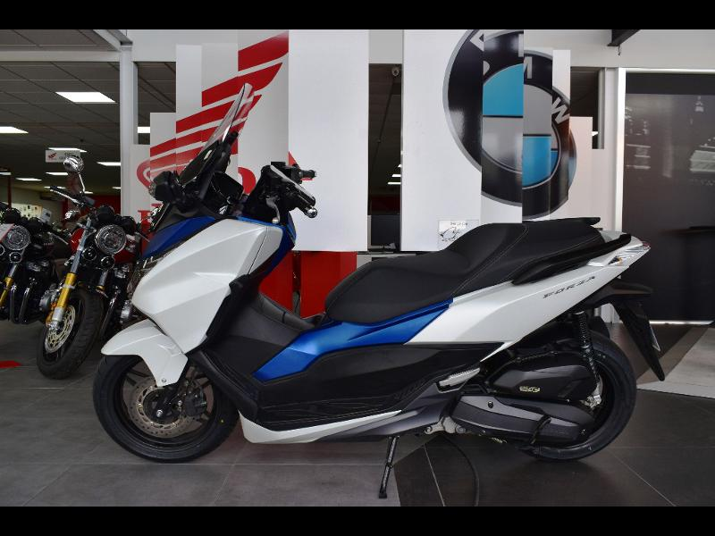moto NSS Forza 125 ABS 2015
