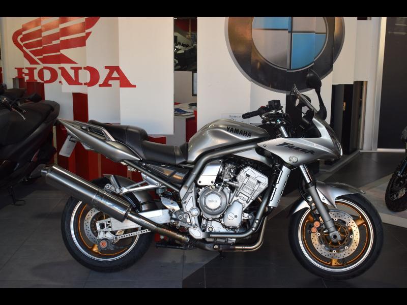 moto FZS Fazer 1000 2002