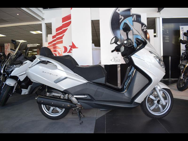 moto Satelis 125 Executive